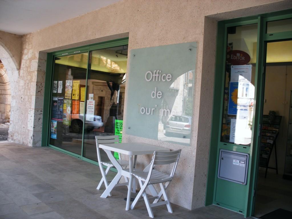 office-de-tourisme-exterieur-beauville-ot-paps